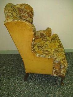 Ethan Allen Queen Anne Georgian Court Legs Sussex Upholstered Wing Back Chair