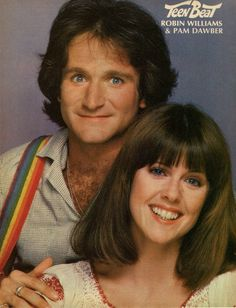 Robin Williams and Pam Dawber as Mork & Mindy 80 Tv Shows, 1970s Tv Shows, Old Shows, Great Tv Shows, 1970s Childhood, My Childhood Memories, Archie Comics, Mejores Series Tv, Mork & Mindy