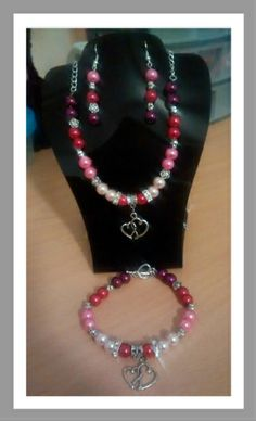 Misi is UK's popular marketplace for handmade and vintage gifts. Buy everything from hand crafted jewellery to vintage furniture, patterns and Pearl Necklace, Beaded Necklace, Necklaces, Handmade Shop, Vintage Gifts, Handcrafted Jewelry, Jewelry Sets, Jewelry Crafts, Pearls