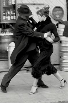 Tango, Buenos Aires 2008   photo by Adriana