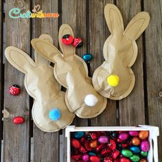 CraftWithMom: Paper Easter bunnies full of surprises ! Bunny Crafts, Easter Crafts, Spring Crafts, Holiday Crafts, Happy Easter, Easter Bunny, Diy And Crafts, Crafts For Kids, Easter 2020