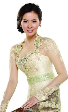 Kebaya Kebaya Lace, Batik Kebaya, Kebaya Dress, Indonesian Kebaya, Indonesian Wedding, Kebaya Wedding, Wedding Bride, Short Wedding Gowns, Bridal Gowns