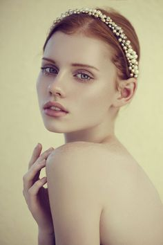 18 Stunning Wedding Makeup Ideas - Geogeous Wedding Makeup Looks We Love - Cosmopolitan