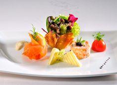 Fünfgängiges Abendmenü mit verschiedenen Wahlmöglichkeiten Cheese, Ethnic Recipes, Restaurants, Google Search, Food, Gourmet, Essen, Restaurant, Meals