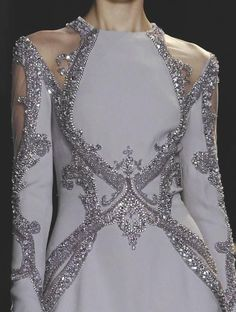 Elie Saab Couture S/S 2013 ZsaZsa Bellagio: Sparkle & Couture Glamour dress top Style Haute Couture, Couture Details, Fashion Details, Couture Fashion, Runway Fashion, High Fashion, Womens Fashion, Fashion Design, Fashion Models