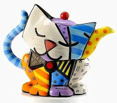 Buy Romero Britto - Teapot Cat online and save! Ceramic and hand painted teapot with a funky cat design. Romero Britto is a Brazilian born artist, often called the leading pop artist . Pop Art Design, Cat Design, Teapot Cookies, Cute Teapot, Teapots Unique, Teapots And Cups, Ceramic Teapots, Chocolate Pots, Tea Party