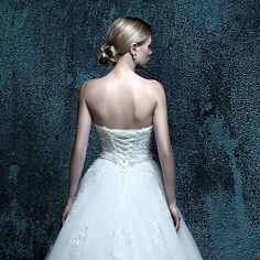 ZXB10 A Line appliques Sweetheart Off the should Lace Up Noble Wedding Dress