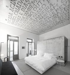 :: BEDROOMS :: INTERIORS :: adore the work of Casa do Conto / Pedra Líquida, lovely feature on @Gail Regan Truax://www.archdaily.com - breathtaking #interiors #concrete #architecture