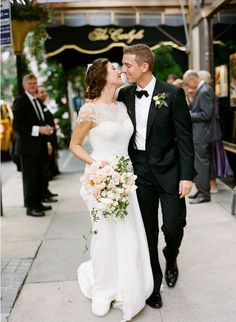 Black And White Wedding Lace Wedding Dress Pink White Peony Bouquet