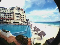Terrace At The Beach By Cancun Plaza