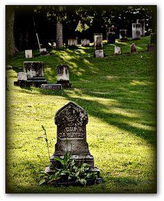 Graveyard in Western Massachusetts (USA)