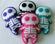 Skull plush toys