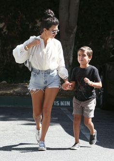 Kourtney Kardashian And Mason Visit The Doctor - http://site.celebritybabyscoop.com/cbs/2016/08/02/kourtney-kardashian-doctor #KourtneyKardashian, #MasonDisick