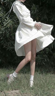 Juniper, W-Slot [homicide] Lolita Mode, Cute Outfits, Dress Outfits, Dresses, Poses References, Lolita Fashion, Korean Fashion, Portraits, Street Style