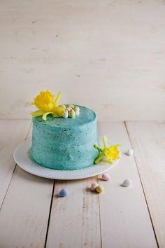 Hummingbird High: Easter Egg Cake