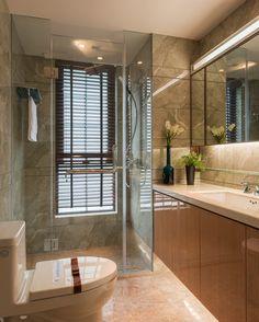 Hotel Room Design, Interior Design Living Room, Chen, Glamorous Bathroom, Bathroom Toilets, Washroom, Restroom Design, Bed In Living Room, Hotel Suites
