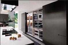 Una cocina que irradia pulcritud
