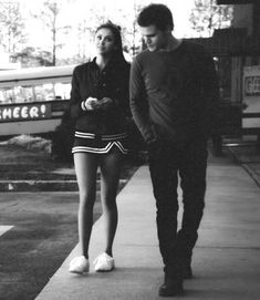 Stefan and Elena   the vampire diaries    I don't ship them but I said 'all the couple', so...