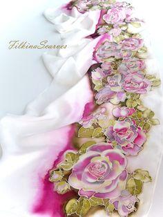 Foulard en soie foulard blanc ROSES anniversaire cadeau Womеn cadeau pour sa soie foulards de soie peinture peinte à la main Echarpe fait main en soie peint à la main ►15 % RÉDUCTION - Code promo - pour les anciens clients Foulard en soie naturel avec des fleurs douces roses en magenta, claret, jaune sur blanc ìvory ~ fond. Le tissu est 100 % Pure soie. TTE foulard peinture sur soie pure dense et est agréable au toucher, avec une brillance soie délicate et est simple et beau drapé. Votre...