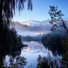 Le lac Matheson prend notre respiration à l'écart DE NOUVEAU- photo credit- -nzmagz -westcoastnz New Zealand -newzealand   Daily Beautiful Pictures