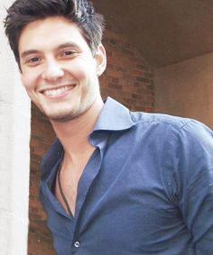 Ben Barnes and his beautiful smile and those tight shirts is what a girl loves!
