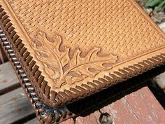 Oak Leaf and Basket Weave Carved Leather Notebook by CandBLeather Leather Book Covers, Leather Books, Leather Notebook, Kydex, Leather Pattern, Leather Projects, Bookbinding, Leather Tooling, Leather Craft