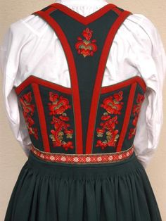 Folk Costume, Costumes, Scandinavian Embroidery, Folk Clothing, That Look, Vest, Culture, Dame, Clothes