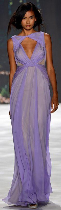 Badgley Mischka Spring Summer 2013 Ready-To-Wear collection • http://www.vogue.it/en/shows/show/spring-summer-2013-ready-to-wear/badgley-mischka/collection/501383