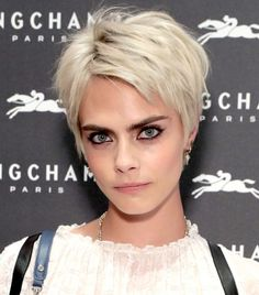 Cara Delevingne With A Bleached Blonde Pixie Crop- ellemag Pixie Haircut For Round Faces, Short Hair Cuts For Round Faces, Round Face Haircuts, Short Pixie Haircuts, Cool Haircuts, Pixie Hairstyles, Celebrity Hairstyles, Easy Hairstyles, Pixie Cut Round Face