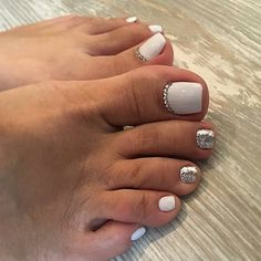Toe nail art is one of the best ways to make your feet look sexy and interesting. If you are fond of nail art and manicure. Toe Nail Color, Toe Nail Art, Nail Colors, Pretty Toe Nails, Cute Toe Nails, Gel Toe Nails, Acrylic Toe Nails, Nail Gel, Uv Gel