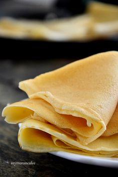 Güzel krep nasıl yapılır, kahvaltılık krep tarifi. Kahvaltı sofrasında değişik kahvaltı çeşitleri olsun istiyoruz, bunlardan bir tanesi de krep tarifi. İncecik lezzetli krep tarifi yapımını