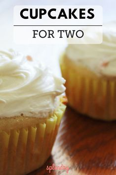 When your sweet tooth calls but you don't need an entire batch, this Cupcakes for Two recipe is the perfect solution! An easy solution to make a small batch of cupcakes, perfect for two (or you can have both! Single Serve Desserts, Single Serving Recipes, Small Desserts, Köstliche Desserts, Chocolate Desserts, Delicious Desserts, Dessert Healthy, Healthy Cupcakes, Single Serve Meals