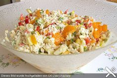 Reissalat mit Mandarinen, ein raffiniertes Rezept aus der Kategorie Schnell und … Tangerine salad with tangerines, a refined recipe from the category Quick and easy. Rice Recipes, Salad Recipes, Healthy Recipes, Bulgur Salad, Soul Food, Fried Rice, Potato Salad, Food And Drink, Vegan