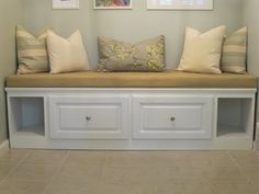 This looks so nice and again with a seat cushion and pillows your cubby could look just as cute!!