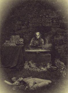 Real witch & cauldron                                                                                                                                                                                 Mais