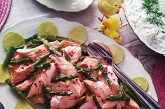 Swedish Poached Salmon With Dill Sauce - Inkokta Lax - This salmon recipe is one of Sweden's most traditional dishes. Scandinavian Recipes, Swedish Recipes, Salmon Recipes, Seafood Recipes, Dill Sauce For Salmon, My Favorite Food, Favorite Recipes, Poached Salmon, Salmon Salad