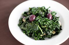 Cavolo nero with chilli, garlic and black olives Olive Recipes, Iron Rich Foods, Chilli Flakes, Vegetable Sides, Fresh Green, Seaweed Salad, Oysters, Serving Bowls