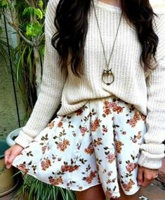 Once again a skater skirt and an oversized sweater always look cute together, and adding a necklace to go along is also a great way to make an outfit look more put together as long as you choose the right one. Remember accessories can make or break an outfit