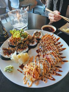 Everything related to sushi and the love for it Cute Food, I Love Food, Good Food, Yummy Food, Tasty, Sashimi, Sushi Recipes, Healthy Recipes, Healthy Picnic Foods