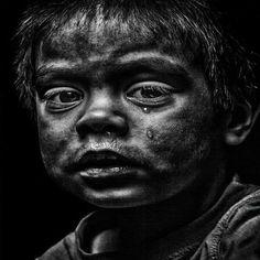 """إلى من يتباهون بكثرة الحج و العمرة و الطواف بالكعبة : - """"طوفوا حول الفقراء"""" .. فحتما ستجدون """"الله"""" عند كل فقير ..!"""