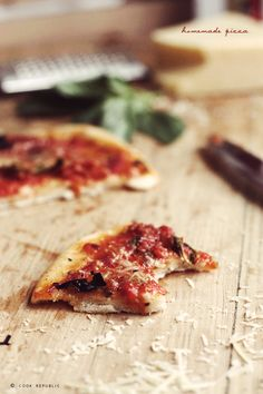 i want to live inside this photo - recipe for tomato sauce from [Cook Republic] - Slice of Margherita Pizza