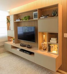 [New] The 10 Best Home Decor (with Pictures) - Home theater projetado com linhas suaves acabamentos Living Room Wall Units, Living Room Tv Unit Designs, Home Living Room, Tv Wall Unit Designs, Tv Wall Design, Modern Tv Room, Modern Tv Wall Units, Modern Living, Built In Tv Wall Unit