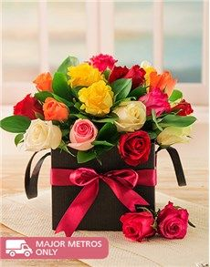 Favourite Sellers: Mixed Roses in a Black Box!