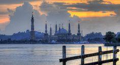 waterfront, Kalimantan Island / Borneo