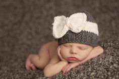 Sabrina Bow Hat in Grey/Cream.