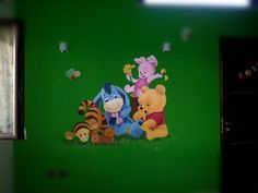 Winnie the pooh dipinto su parete