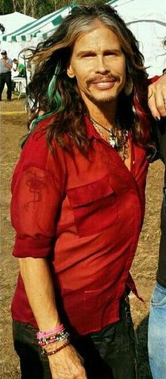 ST looking hot in red <3