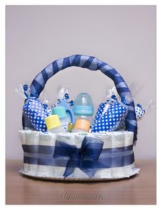 Para baby shower - Babyparty - Baby Tips Baby Shower Gift Basket, Baby Shower Gifts For Boys, Baby Shower Decorations For Boys, Baby Shower Diapers, Baby Shower Centerpieces, Baby Boy Shower, Baby Gifts, Baby Shower Crafts, Shower Bebe
