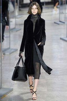 Akris ready-to-wear autumn/winter -Vogue Australia