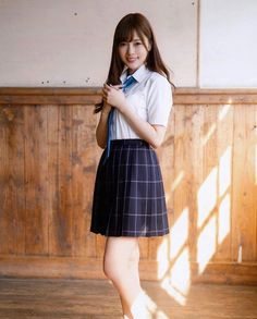 the ultimate beauty Pretty Girls, Cute Girls, Gorgeous Women, Beautiful, Girls Wear, School Uniform, Actors & Actresses, High Waisted Skirt, Female